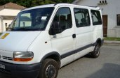 RENAULT MASTER 2.2 DCI (9 PLACES)